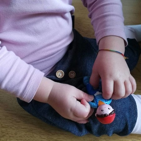 Gefangen mit Schwestern Spielzeug